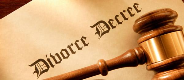 divorce decree with judge's gavel